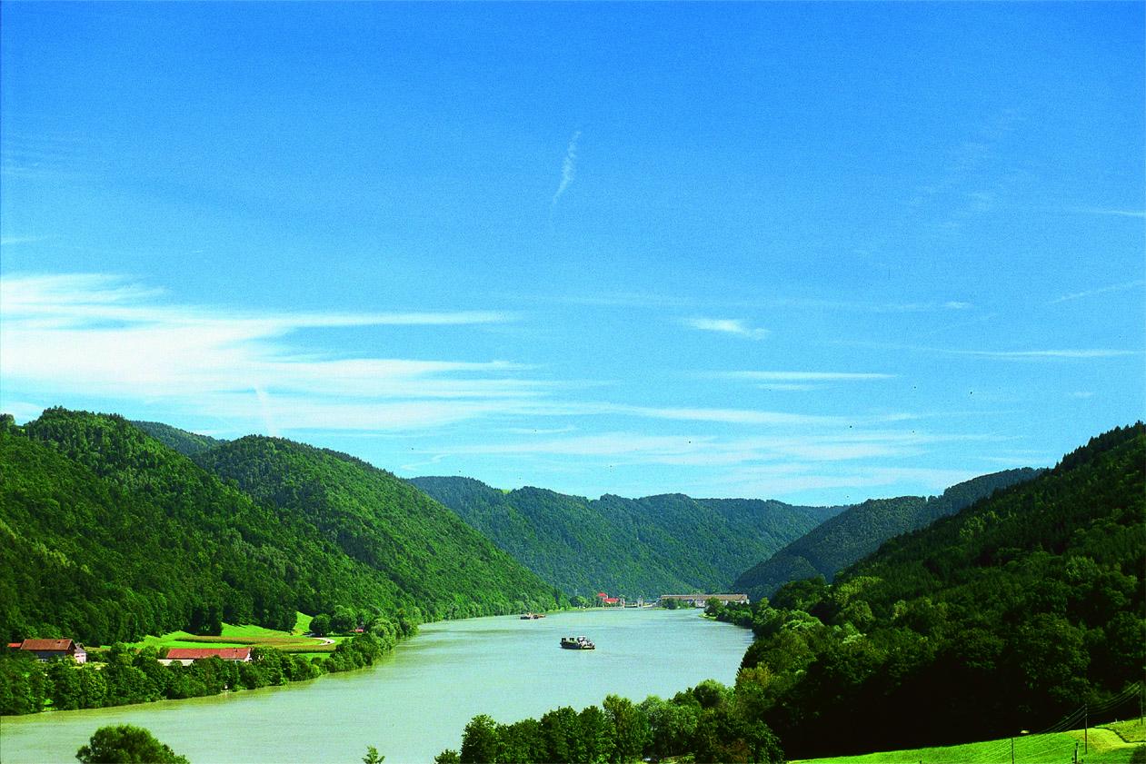 Die_Donau_im_Passauer_Land